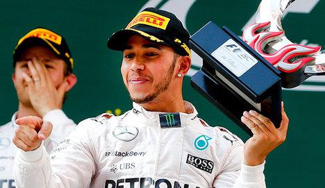 Çin'de zafer Hamilton'ın