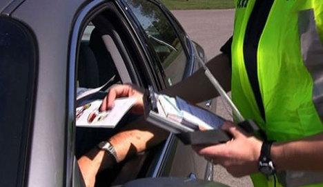 Trafik polisi 205 ceza ile jübilesini yaptı