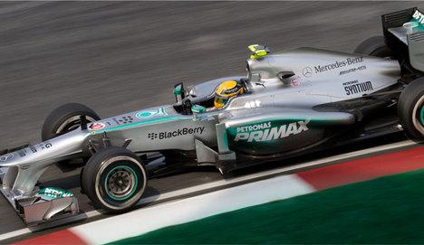 Hamilton şampiyonluğunu ilan etti