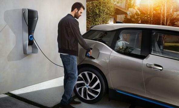 Bazı elektrikli otomobiller için vergi düşürüldü