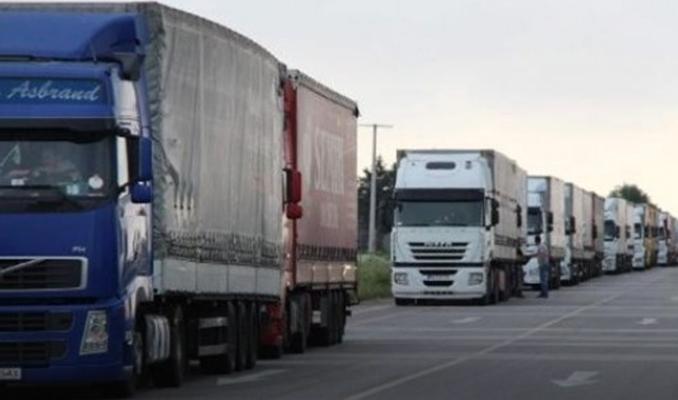 Rusya Türk TIR'larının ek 500 taşıma belgesi talebini onayladı