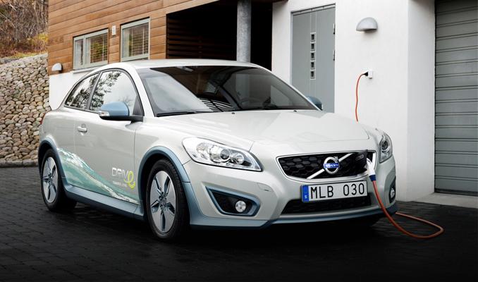 Volvo'nun ilk elektriklisi 2019'da yollarda