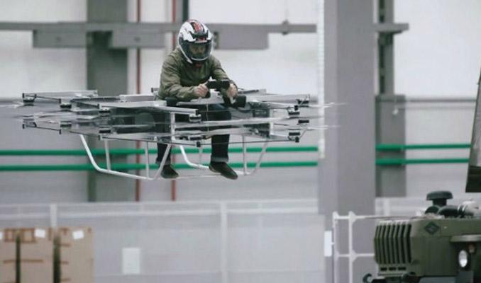 Rus silah şirketi Kalaşnikof'tan uçan araba
