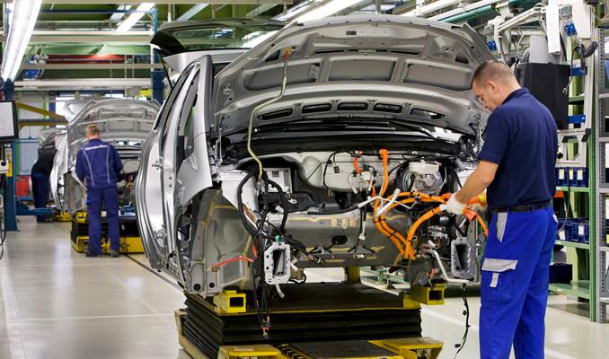 Otomobil üretimi yüzde 9 geriledi