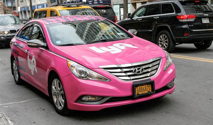 Uber'in rakibi Lyft'in piyasa değeri 15 milyar dolar oldu