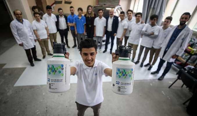 17 kişilik sınıfa iki dünya devi sponsor oldu