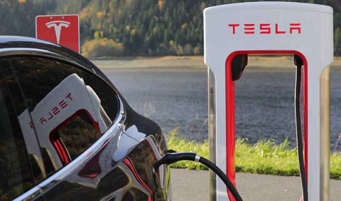 Tesla'nın piyasa değeri artıyor: 500 milyar doları aştı