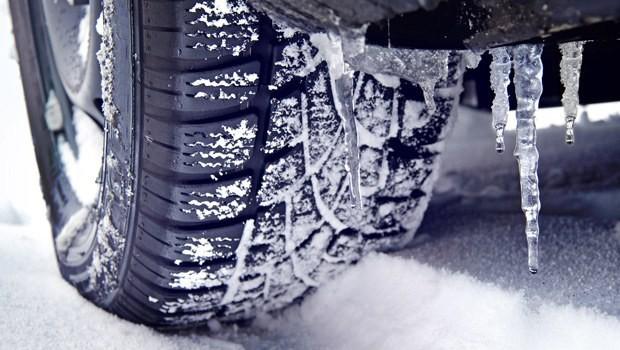 Sanayilerde kış lastiği yoğunluğu başladı