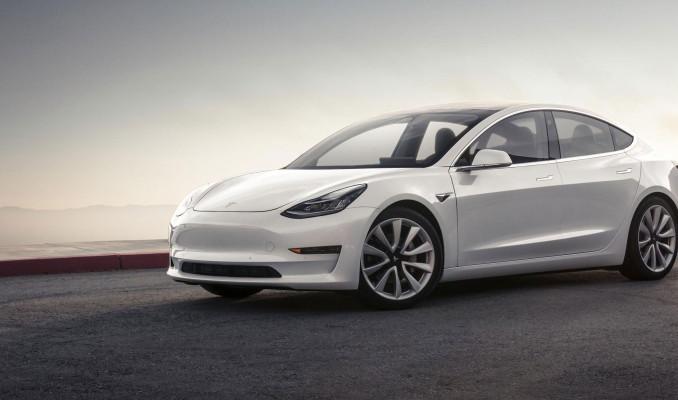 Tesla, Çin'de üretilen Model 3'de 'süper hızlı akü' kullanacak