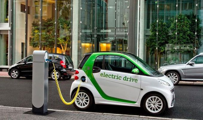 Elektrikli araca öncelik