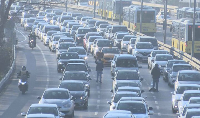 İstanbul trafiğine korona virüs hareketliliği! Yüzde 60 seviyesine ulaştı