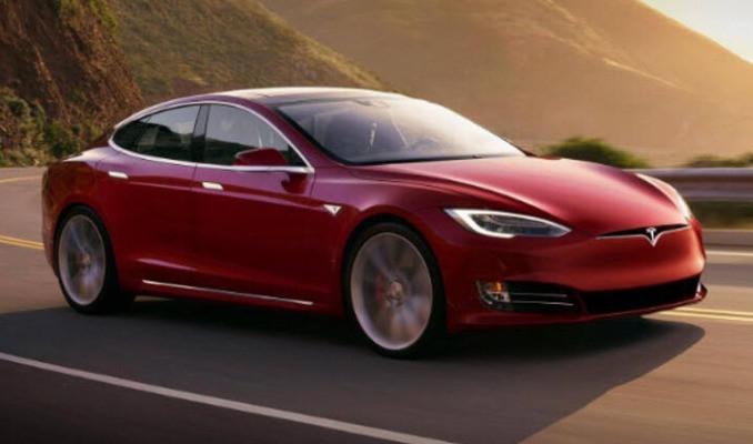 Tesla Model S için güvenlik sorunu uyarısı!