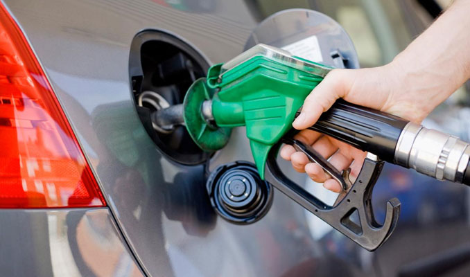 Benzine zam yapıldı: Dün yapılan indirim geri alındı