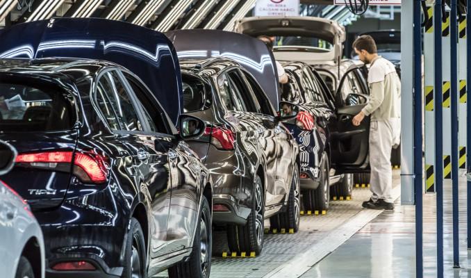 Fransa'da otomotiv sektöründeki çalışanların % 25'i risk altında