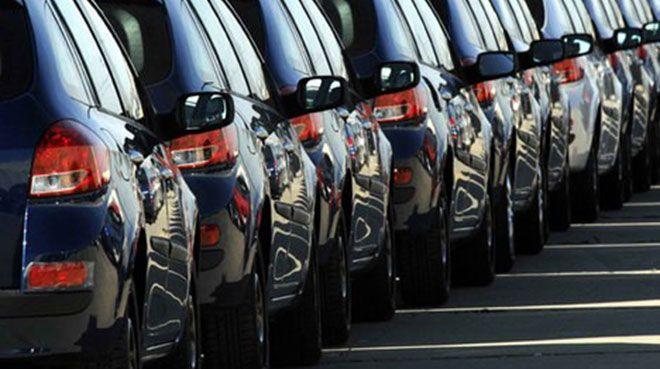 İngiltere'de yeni araç kayıtları, 23 yılın en düşük seviyesine geriledi