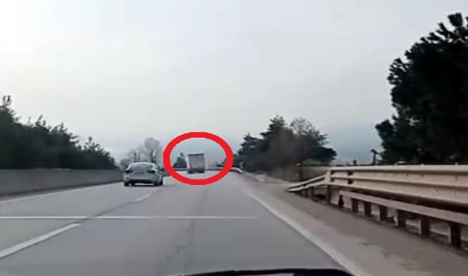 4 kişinin ölümüne neden olan TIR'ın kaza öncesi trafikteki görüntüleri ortaya çıktı