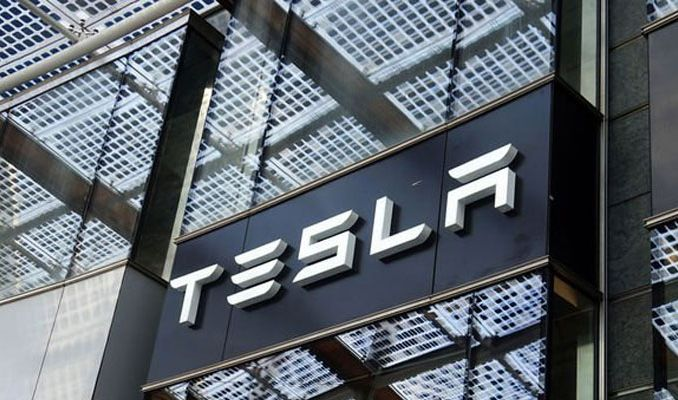 Tesla Rusya'da fabrika kurmak için araştırma yapıyor