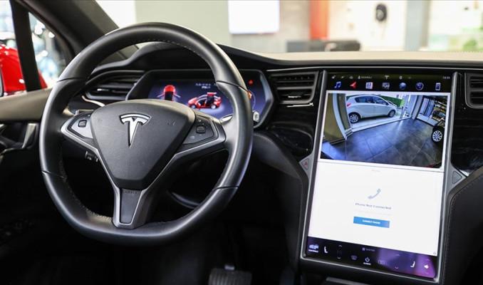 Tesla Çin'deki 285 bin aracını geri çağıracak