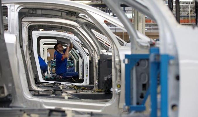 Renault 2 bin kişiyi işten çıkartacak
