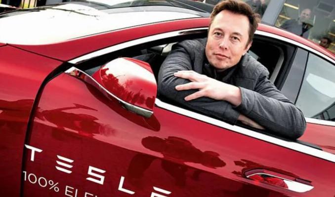 Elon Musk: Çip sorunu gelecek yıl bitecek