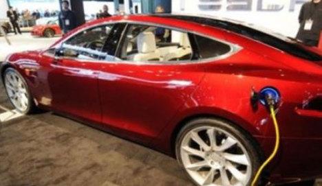 Sahibinden satılık Tesla Türkiye'de