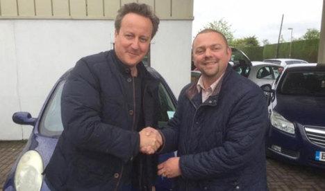 Başbakan Cameron'dan eşine ikinci el araba!