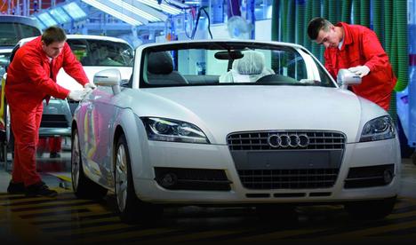 Audi su baskını nedeniyle üretimi durdurdu